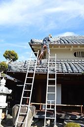1107_rooffixing.jpg